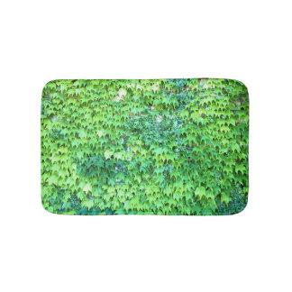 Green like Ivy Bathroom Mat