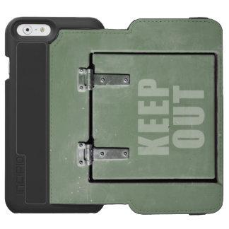 Green metal door, keep out iPhone 6/6s wallet case