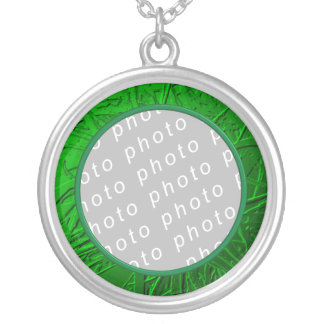 Green Metallic Air Plant Relief Necklace