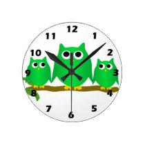 Green Owl Round Clock