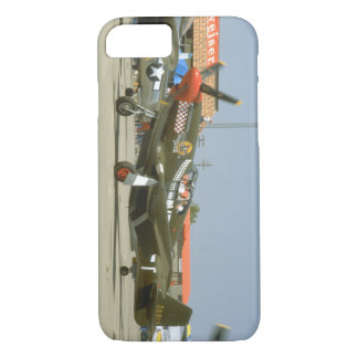 Green P51 Mustang, Left Side_WWII Planes iPhone 8/7 Case