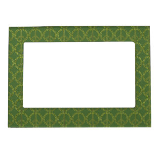 Green Peace sign with leaves Pattern Magnetic Picture Frame