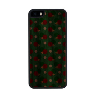 Green ping pong pattern carved® walnut iPhone 5 slim case