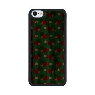 Green ping pong pattern carved® walnut iPhone 5C case