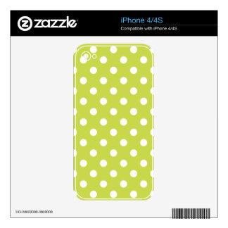 Green Polka Dot Pattern iPhone 4S Skin