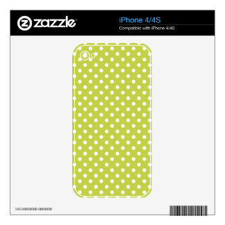Green Polka Dots Pattern Skins For iPhone 4S