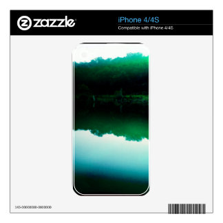 Green Pond iPhone 4 Decal