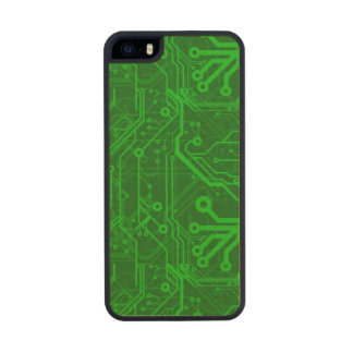 Green Printed Circuit Board Pattern Carved® Maple iPhone 5 Slim Case