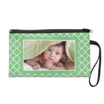 Green Quatrefoil Pattern Photo Frame Wristlet