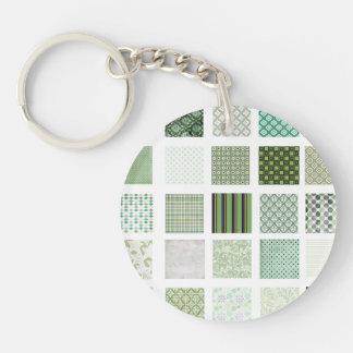 Green quilt mosaic pattern keychain