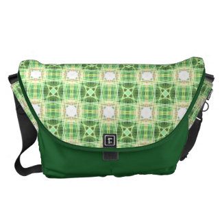 Green quilt pattern courier bag