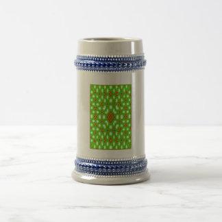 Green red pattern 18 oz beer stein
