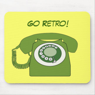 Green Retro Style Dial Telephone - Go Retro! Mouse Pad