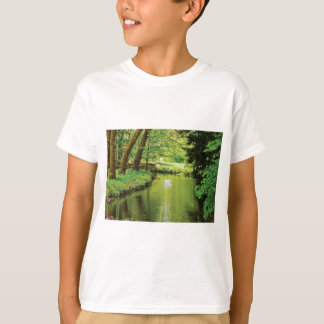 green riverbed scenery T-Shirt