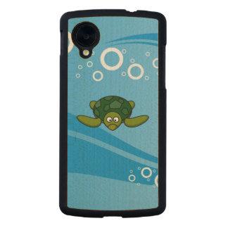 Green Sea Turtle Cartoon Carved® Maple Nexus 5 Case