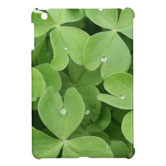 Green shamrock clover leaves iPad mini cases