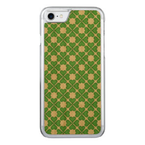Green Shamrock Four leaf Clover Hearts pattern Carved iPhone 7 Case