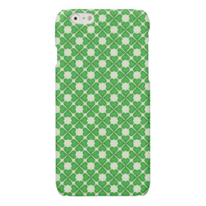 Green Shamrock Four leaf Clover Hearts pattern Glossy iPhone 6 Case