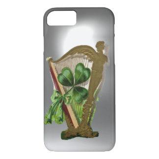 GREEN SHAMROCK HARP white iPhone 8/7 Case