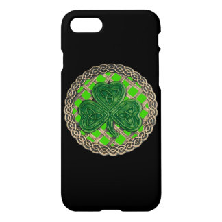 Green Shamrock On Celtic Knots iPhone 7 Case