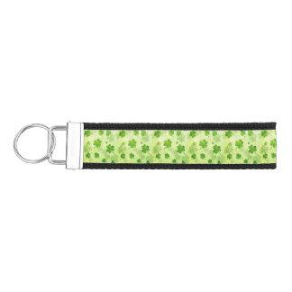 Green Shamrock Pattern Wrist Keychain