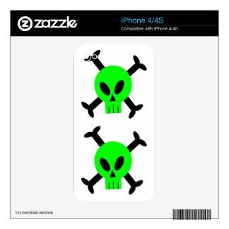 Green Skull And Crossbones Apple iPhone 4 Skin