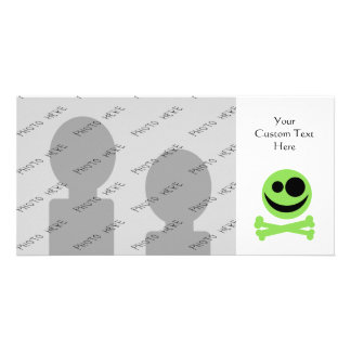Green Skull and Crossbones. Card