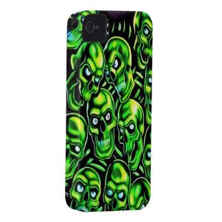 Green Skulls iPhone 4/4s Mate ID Case