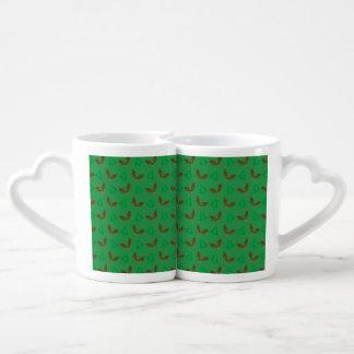 Green snowshoe pattern couple mugs