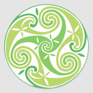 Green triskel classic round sticker