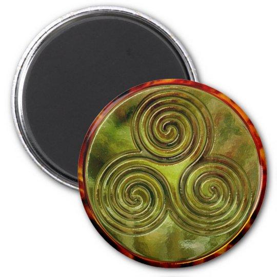 green triskele maze magnet