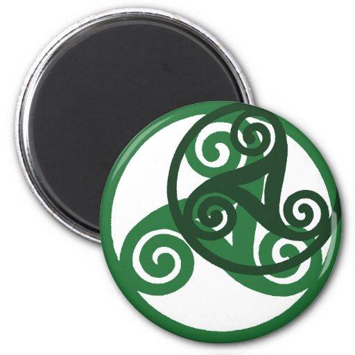 green Triskell magnet