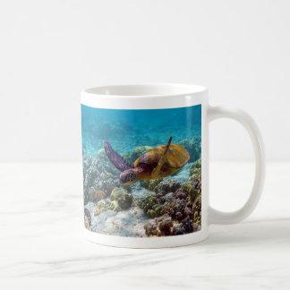 Green Turtle Chelonia Mydas Swimming Coffee Mug