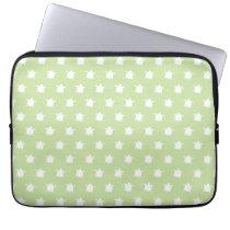 Green Turtle Pattern Laptop Sleeve