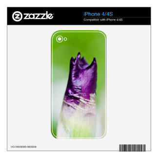 green welcomes purple decals for iPhone 4