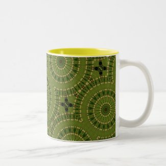 Green Wheel Mandala / Grünes Rad Mandala Two-Tone Coffee Mug