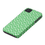Green whimsical zigzag chevron pattern case iPhone 4 cases