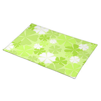 Green white flowers cloth placemat