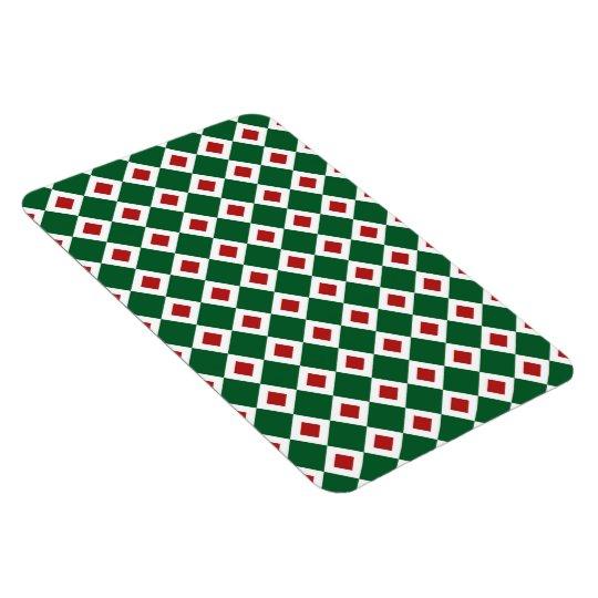 Green, White, Red Diamond Pattern Magnet