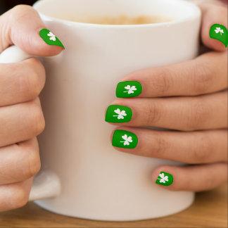 Green & White Shamrock Minx® Nail Wraps