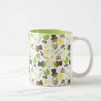 Green & Yellow Baby Pattern Mug