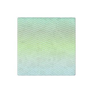 Green zigzag pattern stone magnet