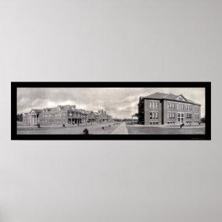 Greensboro, foto 1909 de la escuela del NC Poster