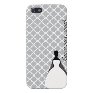 Grey and White Quaterfoil Furture Mrs. Cover For iPhone SE/5/5s