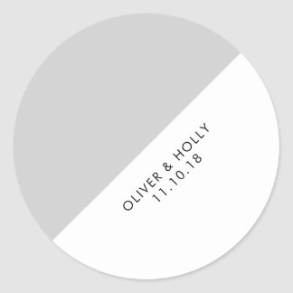 Grey circle sticker