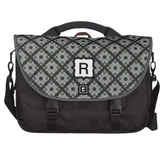 Grey crisscross bag for laptop