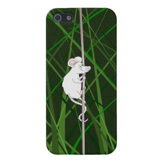 Grey field mouse in the tall grass iPhone SE/5/5s cover