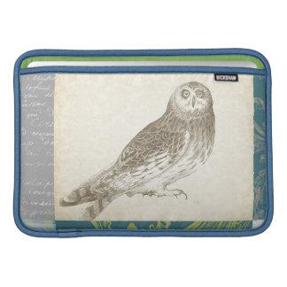 Grey Owl on Pattern Background MacBook Air Sleeves