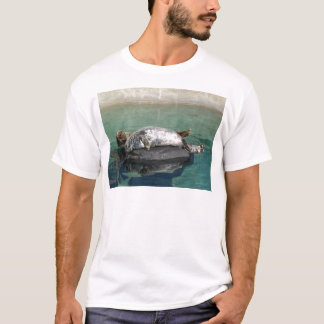 Grey Seal Pair On Rock Portrait T-Shirt