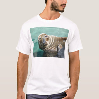 Grey Seal Straight On Portrait T-Shirt